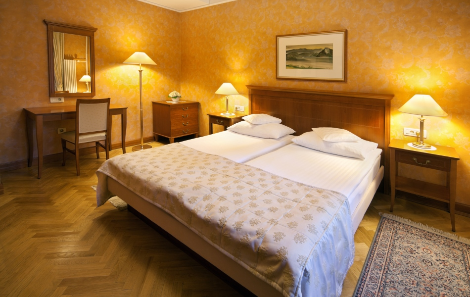 Bled booking hotel ribno bled with bled booking hotel for Design hotel slowenien